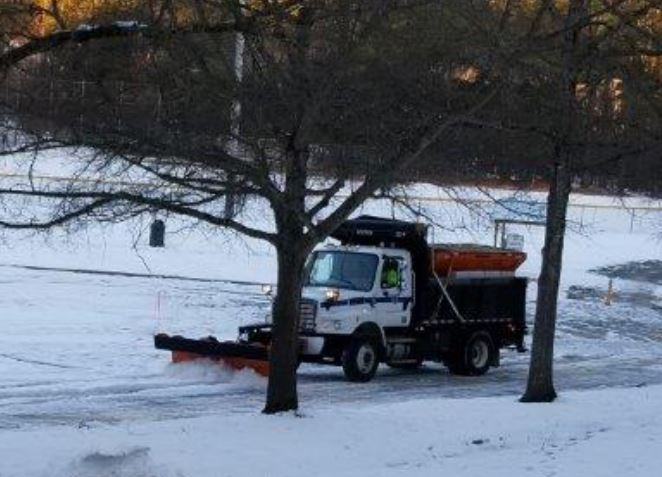 snow plow in action 2018